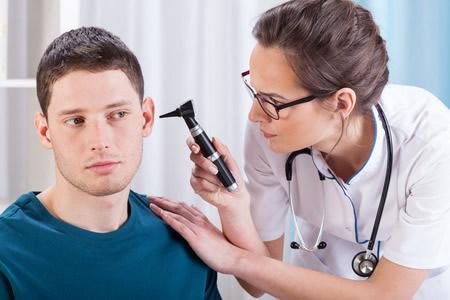 Lekarz laryngolog - medycyna pracy